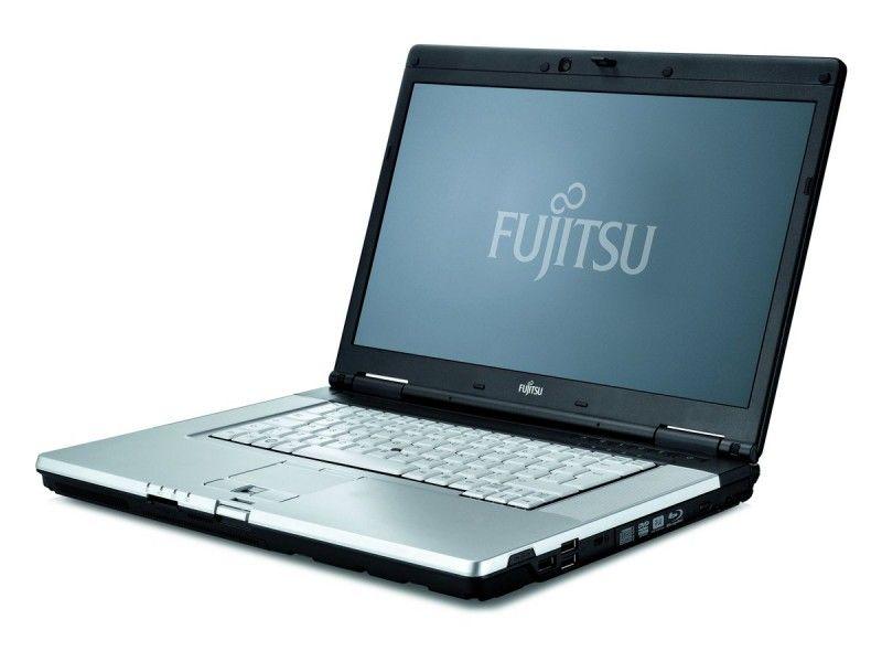 Fujitsu Celsius H700 i7-620M 8GB 120SSD Quadro FHD klasa A- - Foto1